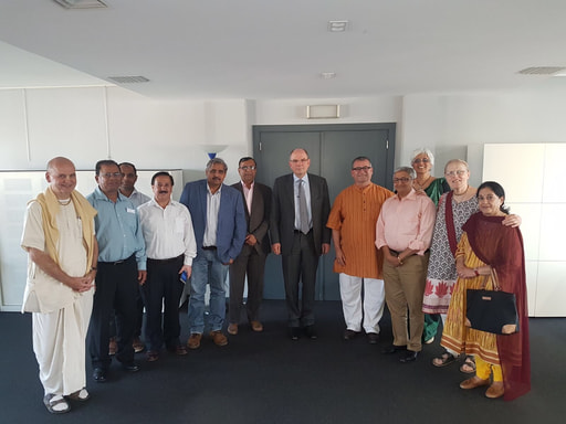 Leaders of the Hindu Community visited the Minister of Justice of Belgium Koen Geens to discuss the recognition Of Hinduism in Belgium.