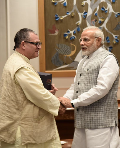 Narendra Modi and Mahaprabhu dasa